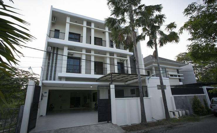Harga Hotel RedDoorz near Kejaksaan Negeri Surabaya (Surabaya)