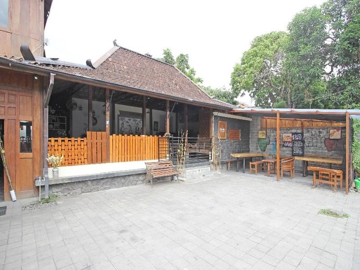 RedDoorz near Alun Alun Selatan 3 Yogyakarta - Exterior
