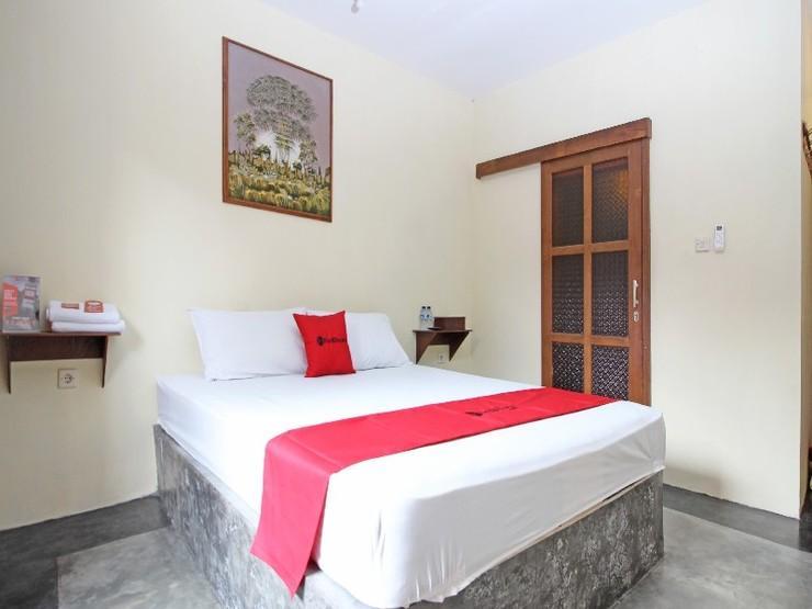 RedDoorz near Alun Alun Selatan 3 Yogyakarta - Guestroom
