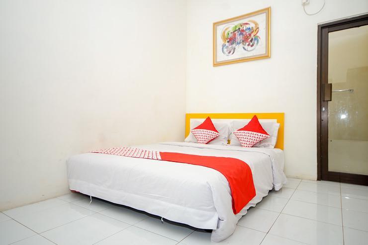 OYO 325 Maleo Residence Palembang II Palembang - Bedroom