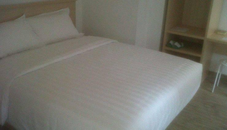 Sare Hotel Jakarta - Kamar tamu