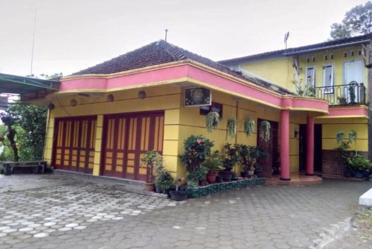 Toto Homestay Magelang - Exterior