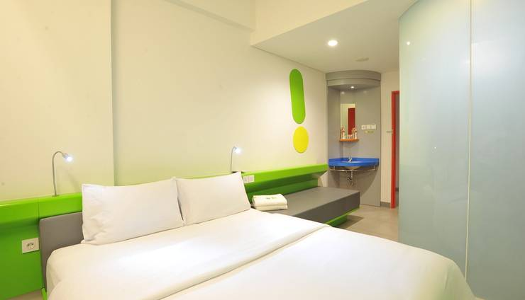 POP Hotel Diponegoro Surabaya - POP! Room King