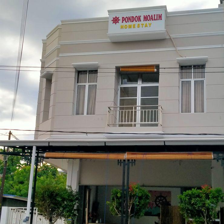 Pondok Moalim Homestay Padang Padang - Facade