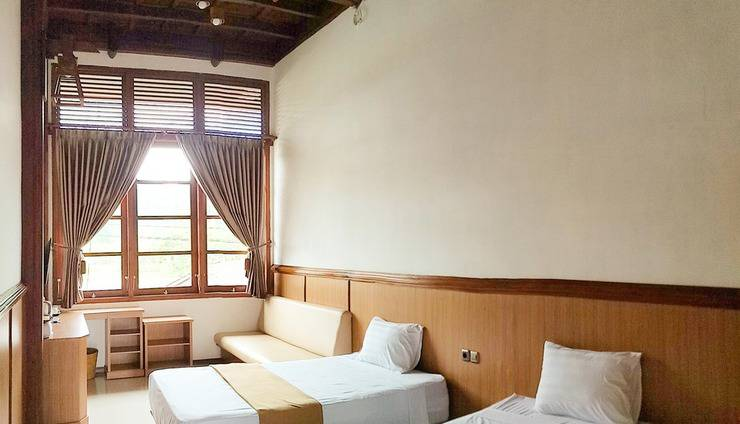 Jawa Dwipa Resort Solo - Kamar Pandawa. Tipe kamar superior twin.