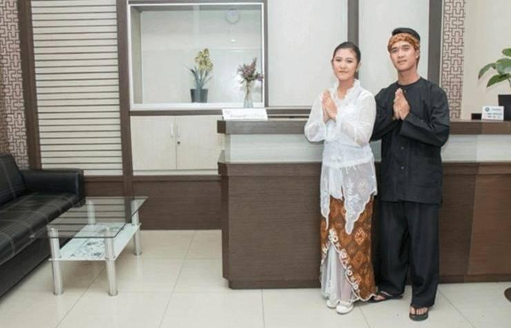 MS Hotel Ciwidey Bandung - Resepsionis