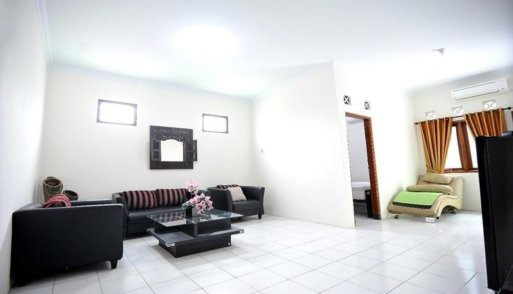 ADARO Homestay Yogyakarta - Facilities