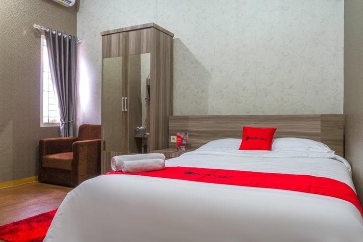 RedDoorz Plus near IPDN Sumedang - Guestroom
