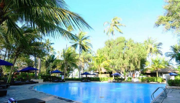 Kila Senggigi Beach Hotel Lombok - Kolam Renang