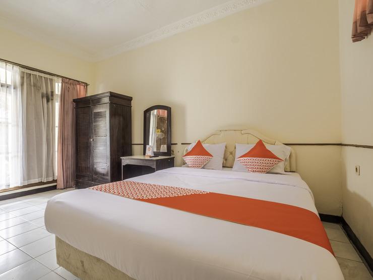 OYO 2346 Hotel Padjadjaran 1 Tasikmalaya - Deluxe Double-1