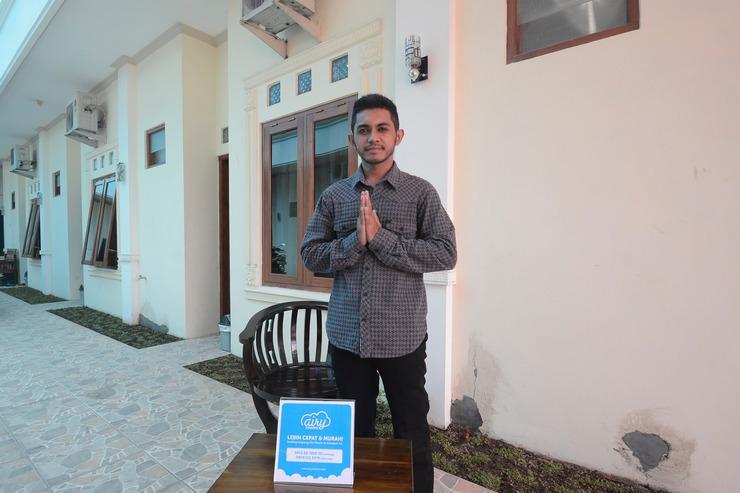 Airy Eco UNISRI Kalingga Utara Satu Solo - Reception