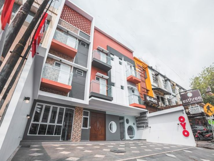 OYO 1487 Residence Khoe Jakarta - Facade