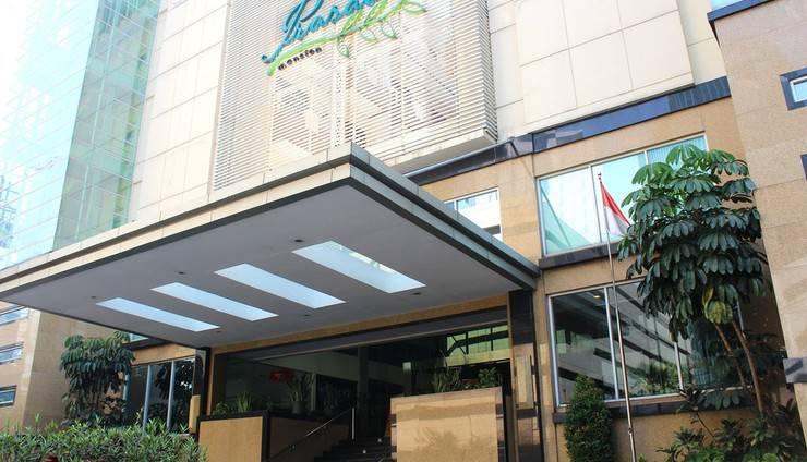 Prasada Mansion Jakarta - Pintu masuk utama hotel