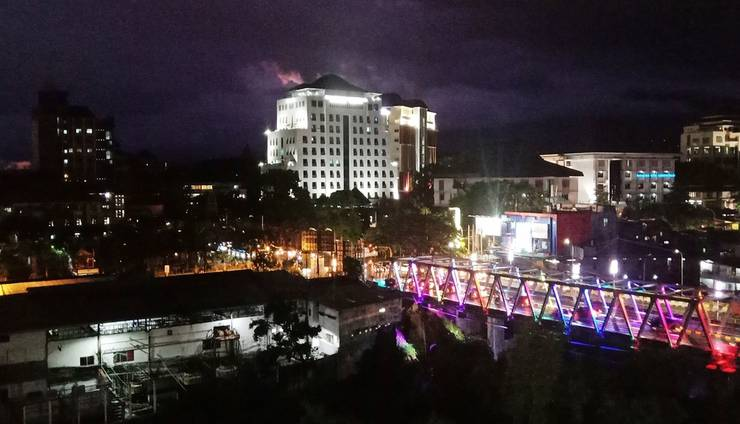 Everyday Smart Hotel Malang - Pemandangan malam hari dari Kamar Superior