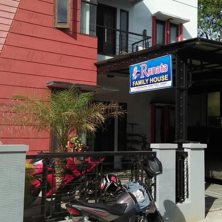 Ranata Family House Bukittinggi - Facade