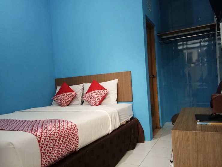 OYO 3753 Cassa Dua Hotel Bandung - Bedroom
