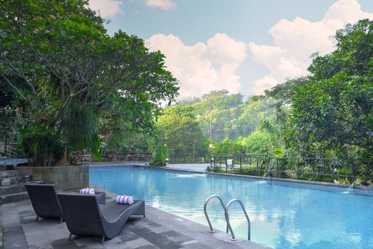 Oak Tree Emerald Semarang Managed by The Ascott Limited - Kolam renang