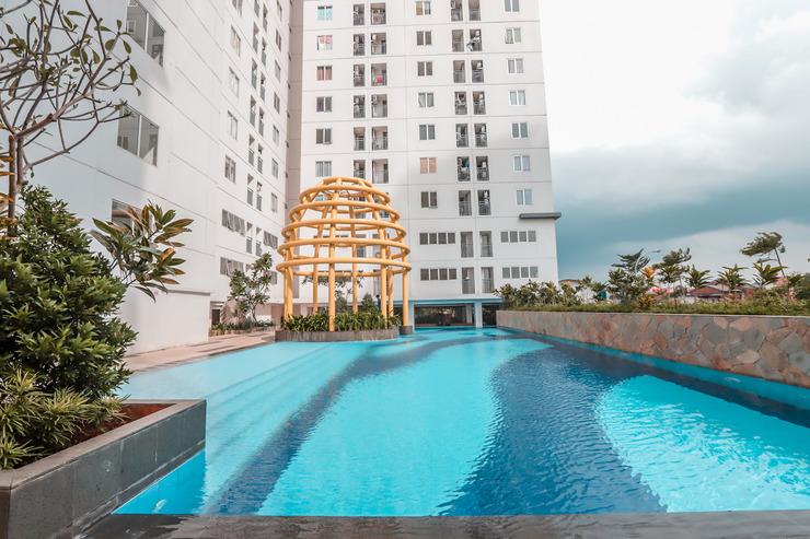 OYO 129 Bassura City Apartment Jakarta - Pool