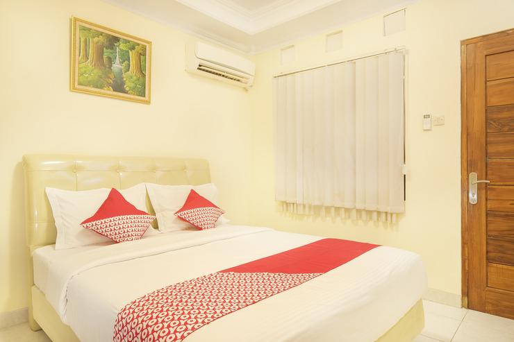 OYO 684 Sabana Homestay Yogyakarta - Bed Room