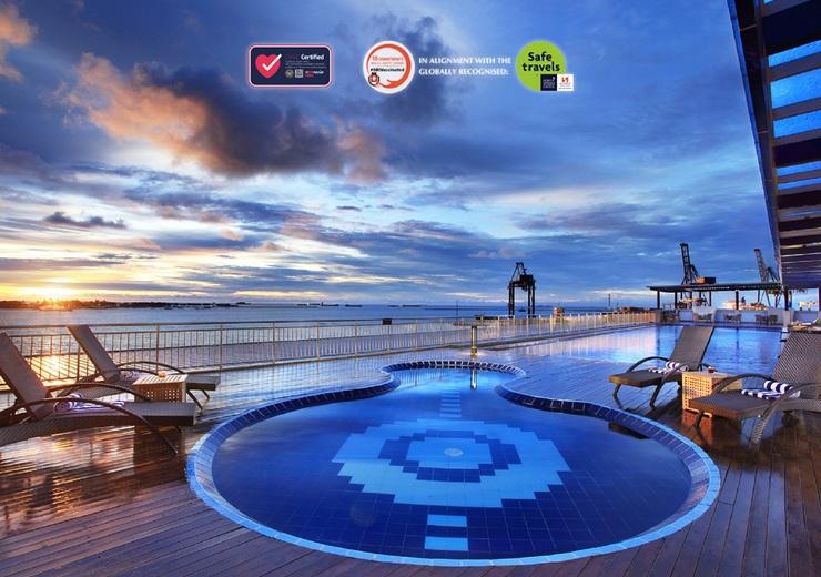 Swiss-Belhotel Makassar - Pool