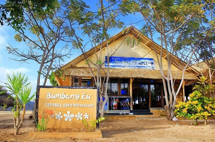 Bumbangku Beach Cottages Bar & Restaurant Lombok - Exterior