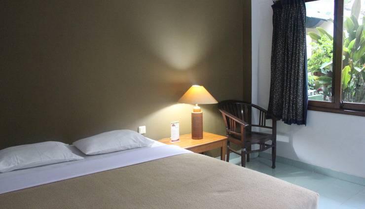 Hotel Winotosastro Garden Yogyakarta - Standard Double Room