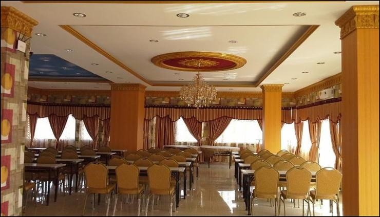 Divachk Hotel Manado - interior