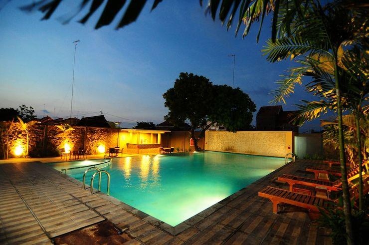 Fave Hotel Rembang - Pool