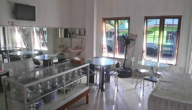 Avicenna Hotel Palangkaraya - Restaurant