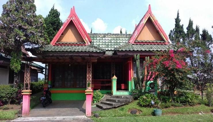 Villa Kota Bunga Teratai Cianjur - Exterior