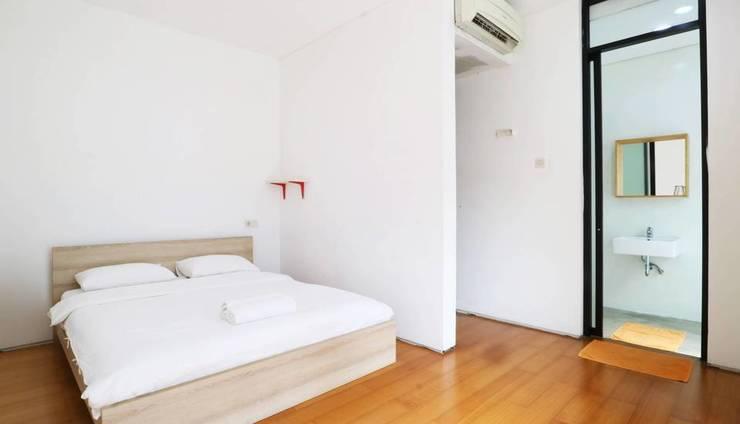 9 AM Tangerang - Room
