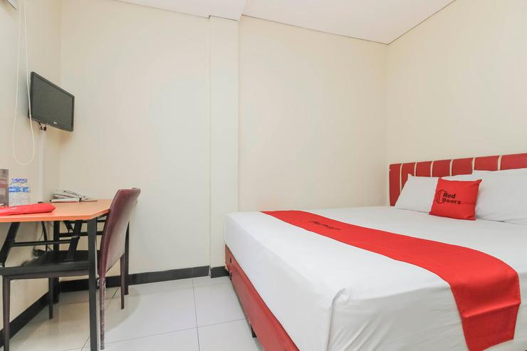 RedDoorz @Pemuda Jakarta - Guestroom