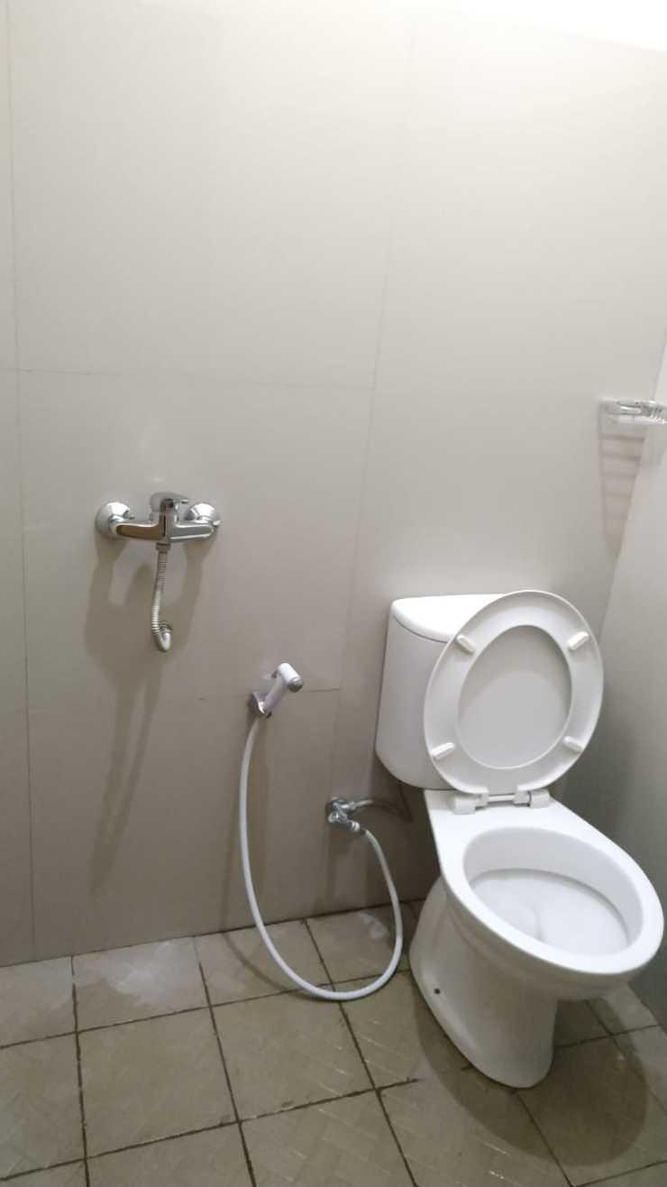 Hotel Srikandi Gondang Klaten - bathroom