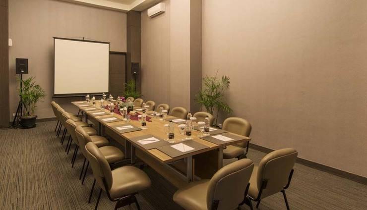 Pranaya Suites Hotel Tangerang Selatan - Ruang Rapat