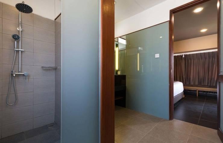 RedDoorz Villa @ Tambak Sari Sanur Bali - Kamar mandi