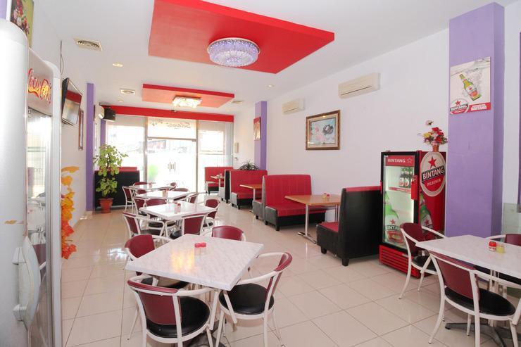 Airy Wajo Buru 23 Makassar - Restaurant