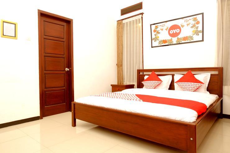 OYO 350 D' Maktab Homestay Syariah Malang - Bedroom