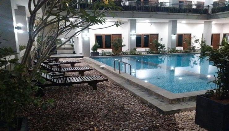 Crystall Inn Malang - Facilities