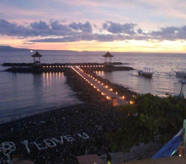 Ashyana Candidasa Bali - Makan malam romantis