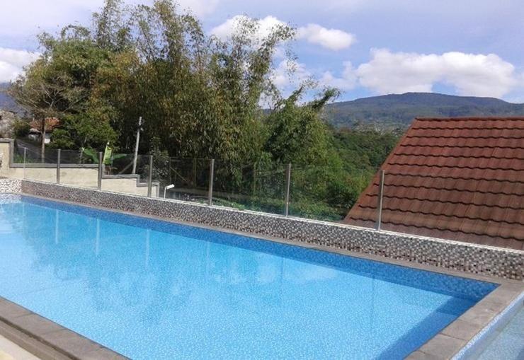 Villa Ganesha - 88 Lembang Bandung - Pool