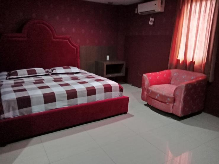 OYO 2574 Z Suites Hotel Medan - Bedroom
