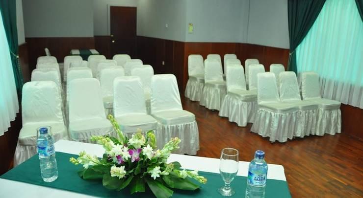 Hotel Ghotic Bandung - (07/May/2014)