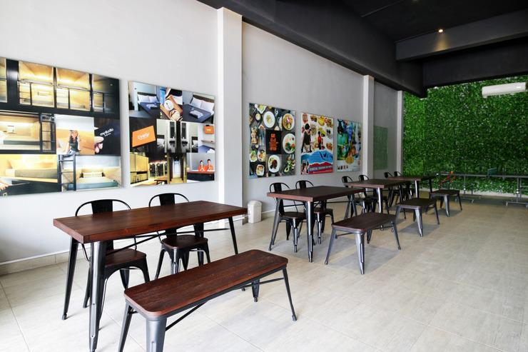 Airy Bandara Kualanamu 9 A39 Deli Serdang - Restaurant