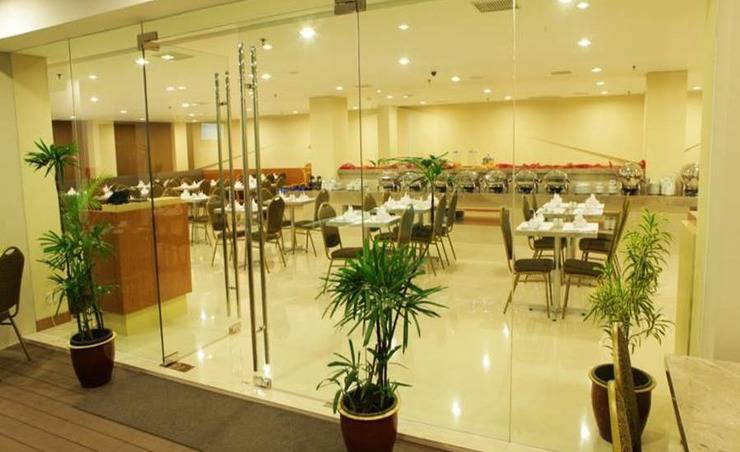 Maestro Hotel Kota Baru Pontianak - Ruang makan