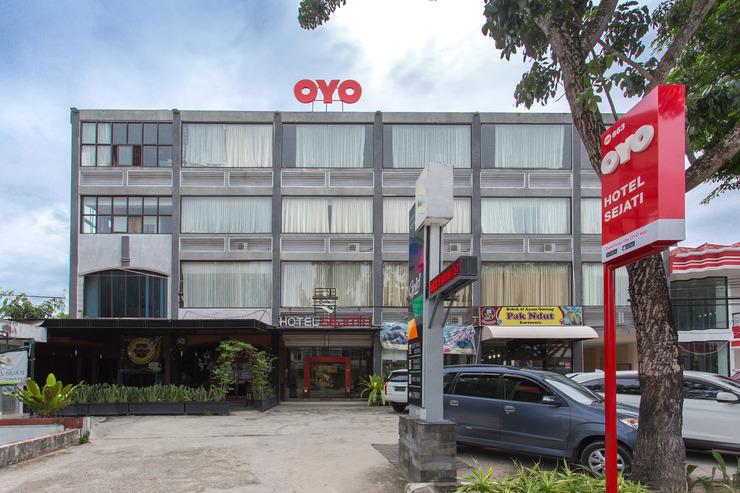 OYO 663 Hotel Sejati Balikpapan - Facade