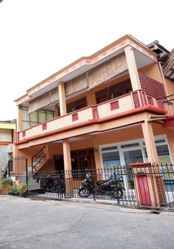 Rajaka Homestay Malang - Exterior