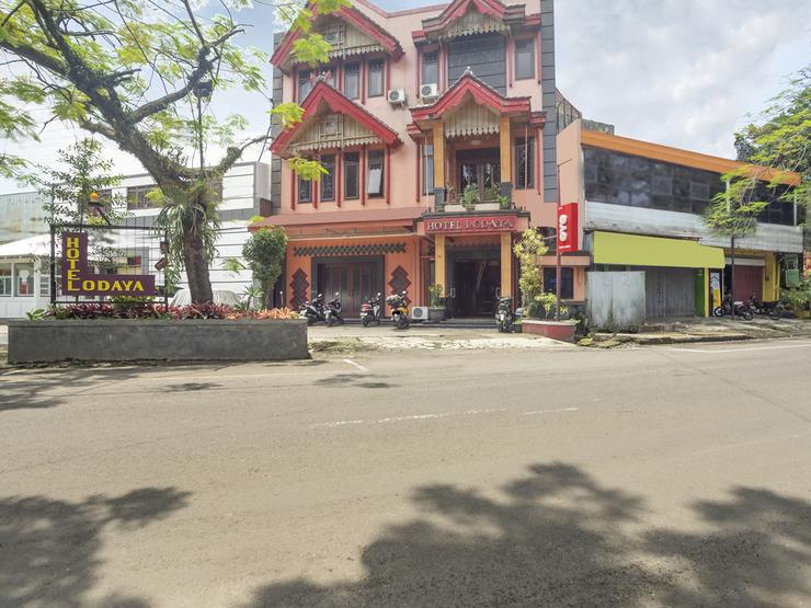 OYO 2706 Hotel Lodaya Syariah Bandung - Hface