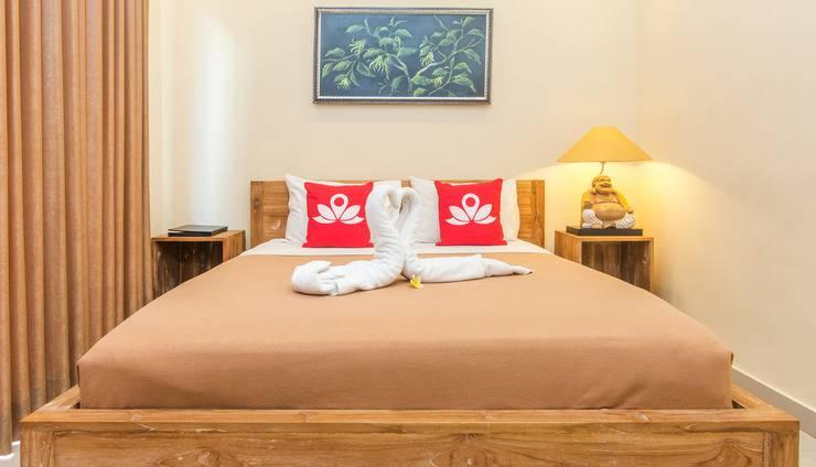 ZenRooms Ubud Pengosekan 1 - Tampak tempat tidur double