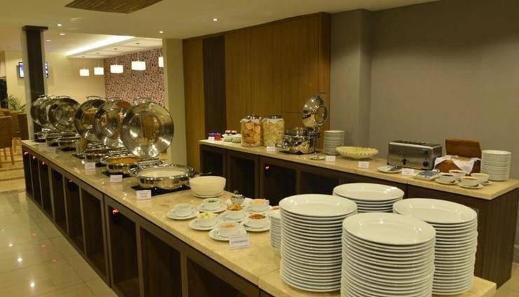 The New Naripan Hotel Bandung Bandung - Restoran