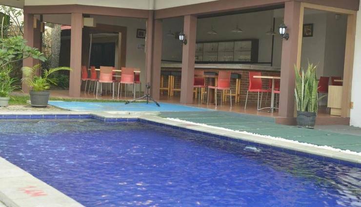 The New Naripan Hotel Bandung Bandung - Kolam Renang